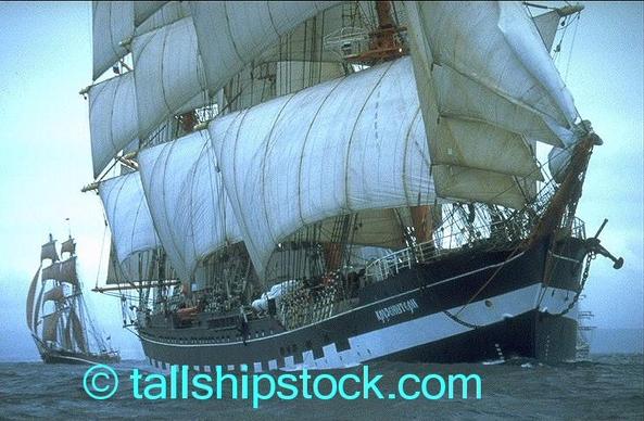 Tall_ships_race_06